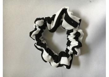 Chouchou chevron noir blanc